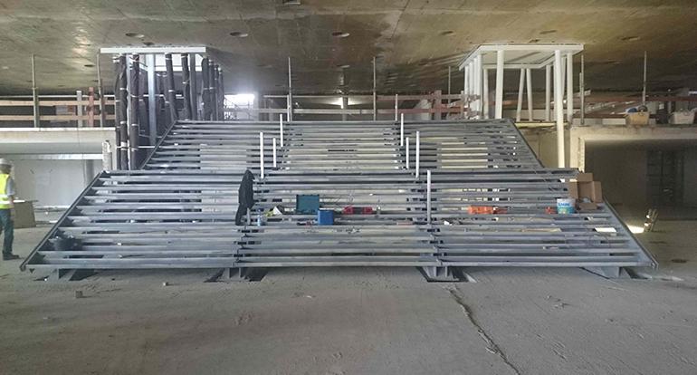Treppe_Aufzüge.png